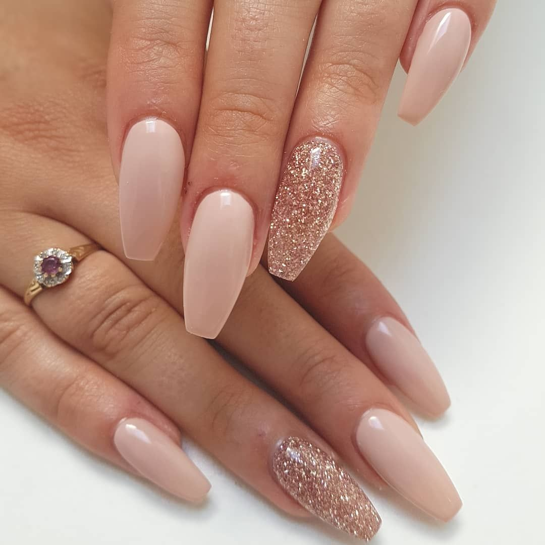 70 Coffin Nail Designs You Will Love Rose Gold Nails Glitter Rose Gold Nails Acrylic Gold Acrylic Nails