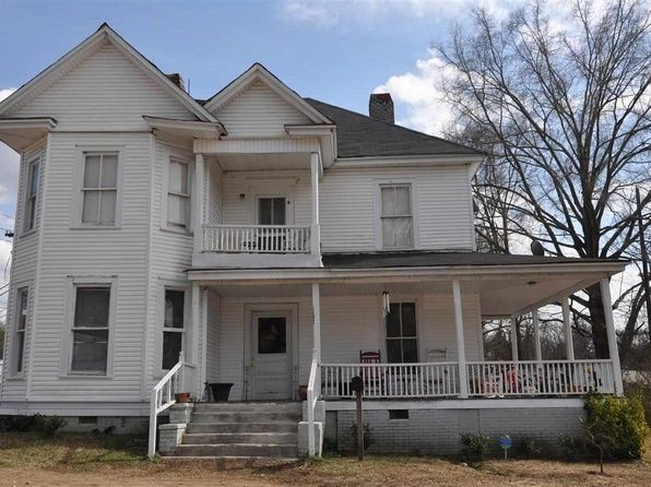 107 Hinton St Chester Sc 29706 Mls 3579834 Historic Home House Styles Side Porch
