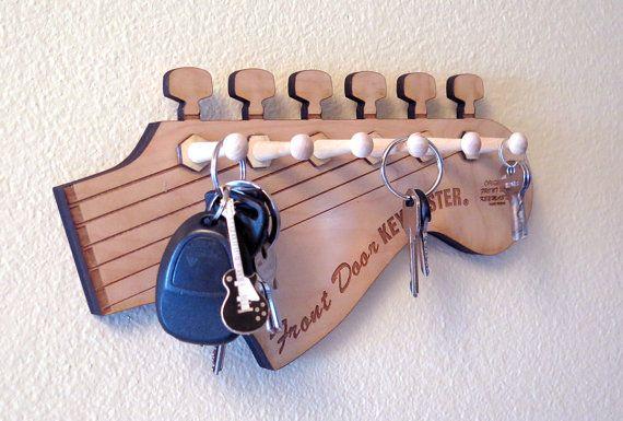 guitar rack guitar shaped key rack fender key holder stratocaster key holder music gift. Black Bedroom Furniture Sets. Home Design Ideas