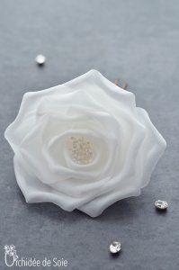 épingle chignon cheveux mariée fleur tissu rose fait main , Handmade silk flower    Orchidée de Soie