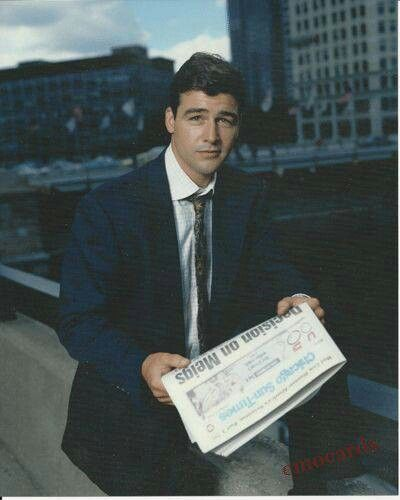 Early Edition - Gary Hobson is a stockbroker that got fired from - stock broker job description