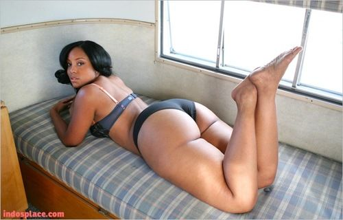 Miss koi booty