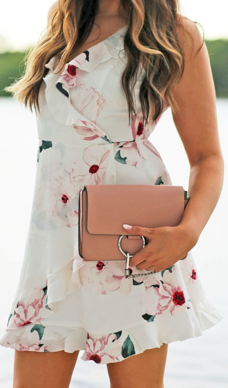 The Floral Dress You Need This Summer – Mash Elle Trendy Outfits