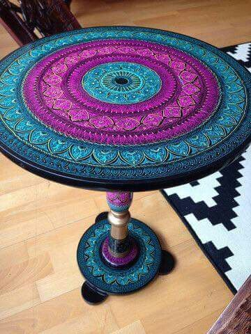 American hippie mandala table muebles pinterest for Muebles hippies