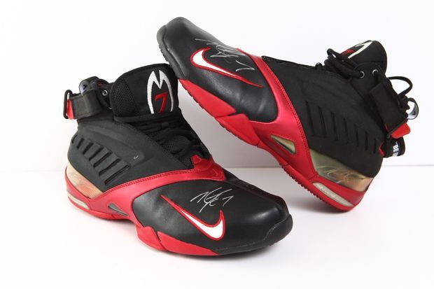 new concept 660da 018e5 Nike Air Zoom Vick Autographed by Michael Vick – Available on Ebay