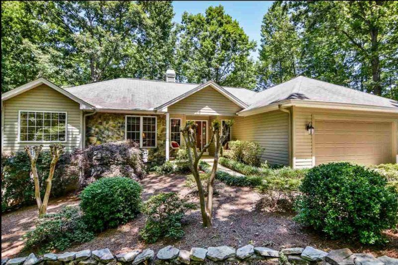 Great lake keowee vacation rental home new to our