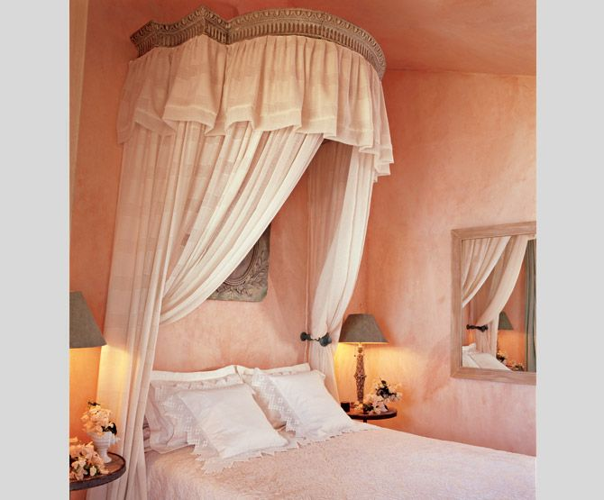 Color to die for!! Diane Burn--Taboga bedroom