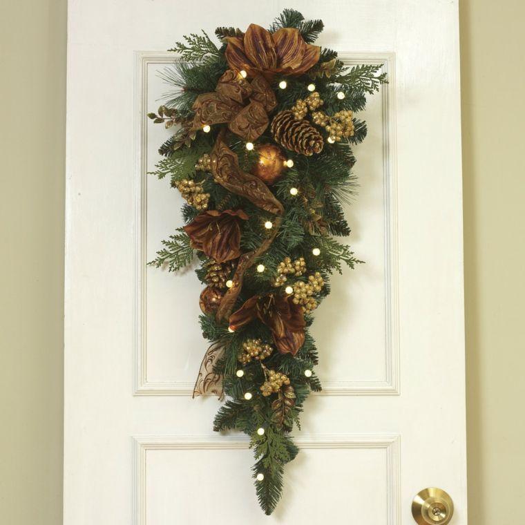 Puertas decoradas como regalo de navidad buscar con for Adornos navidenos 2017 trackid sp 006