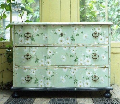 Relooker un meuble avec du papier peint! Voici 20 idées Paint