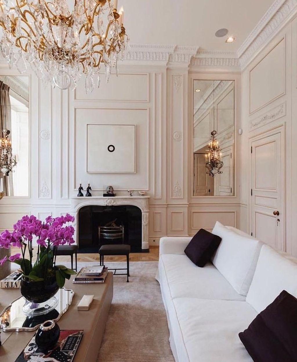 10 Best Paris Style Living Room