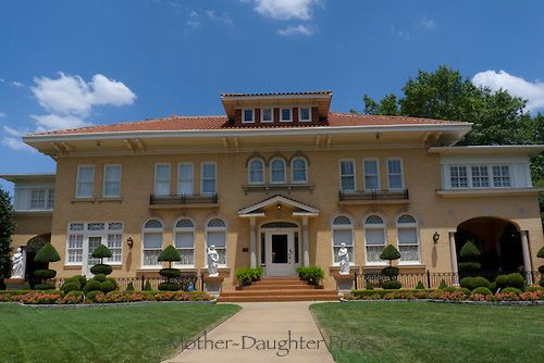 Hsm0123 Yellow Brick Jpg Mother Daughter Press Red Roof House Brown Roof Houses Stucco Homes