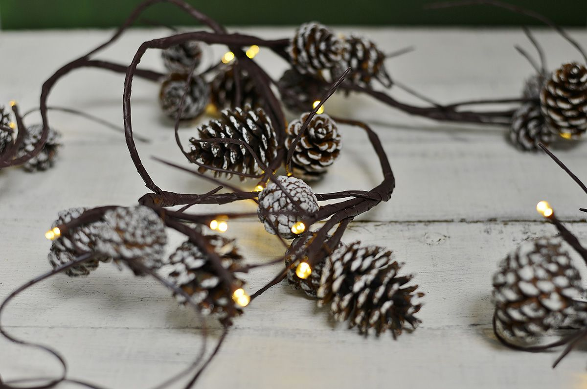 Pine Cone Garland String Lights 39ct, LED, Battery Op, Warm White, 6ft