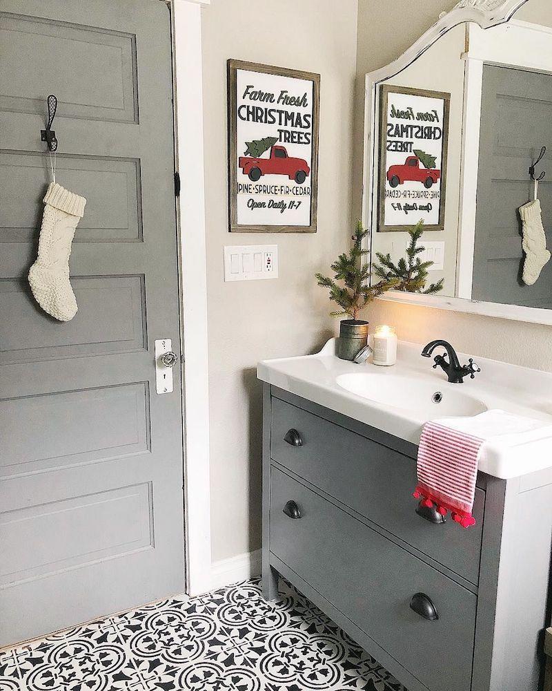 15 Brilliant Christmas Bathroom Decor Ideas Christmas Bathroom Decor Christmas Bathroom Christmas Decorations Bedroom Farmhouse christmas bathroom decor