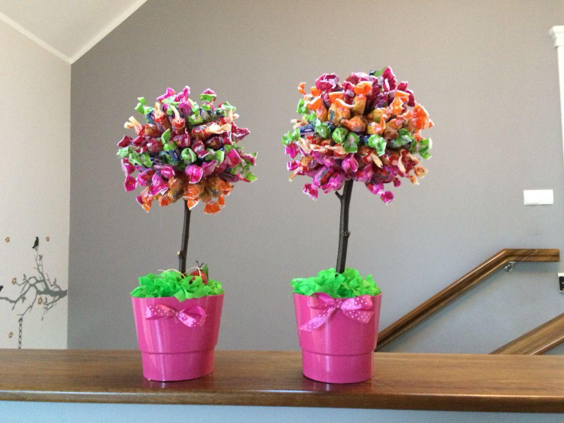 Prezent Z Okazji Dnia Nauczyciela Cukierki Mocowane Na Goracy Klej Planter Pots Planters Pot