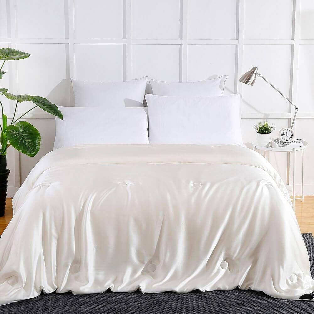 Summer Silk Covered Silk Comforter - Ivory / Full (76x87 Inch)