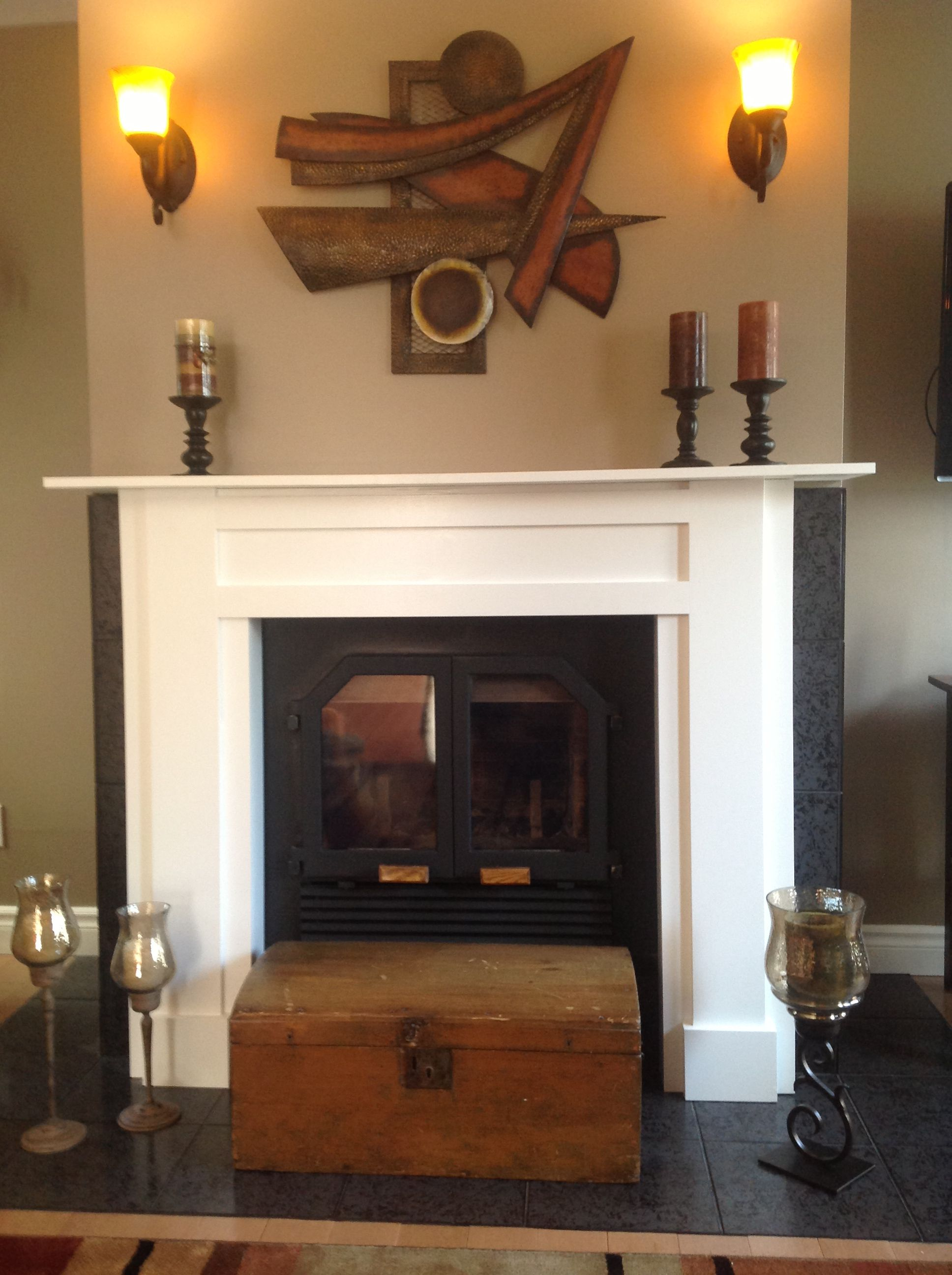 Shaker style fireplace mantel | This old house | Pinterest