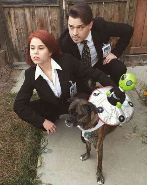 100 Best Halloween Costume Ideas For Couples #halloweencostumesmen