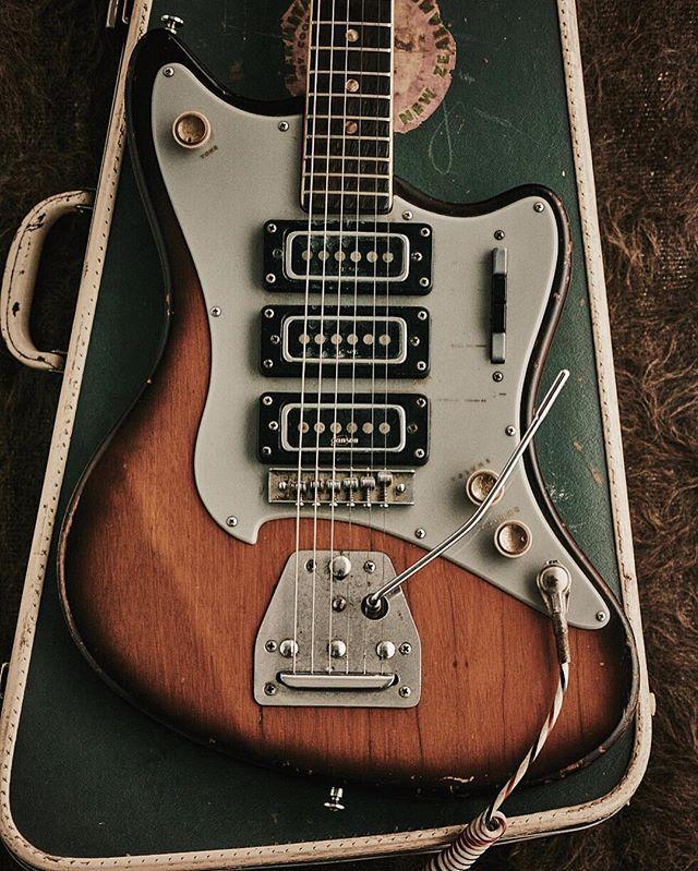 Nz Made Jansen Jansen Westmereinn Guitarporn Guitar Design Cool Guitar Jansen