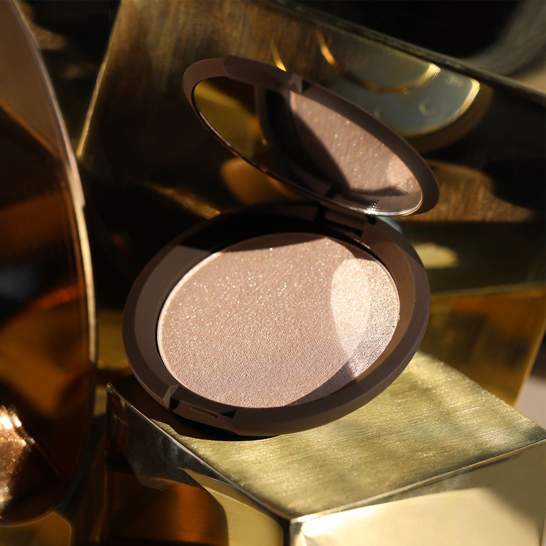 Pin by Nataliiamr on Holiday Becca shimmering skin perfector