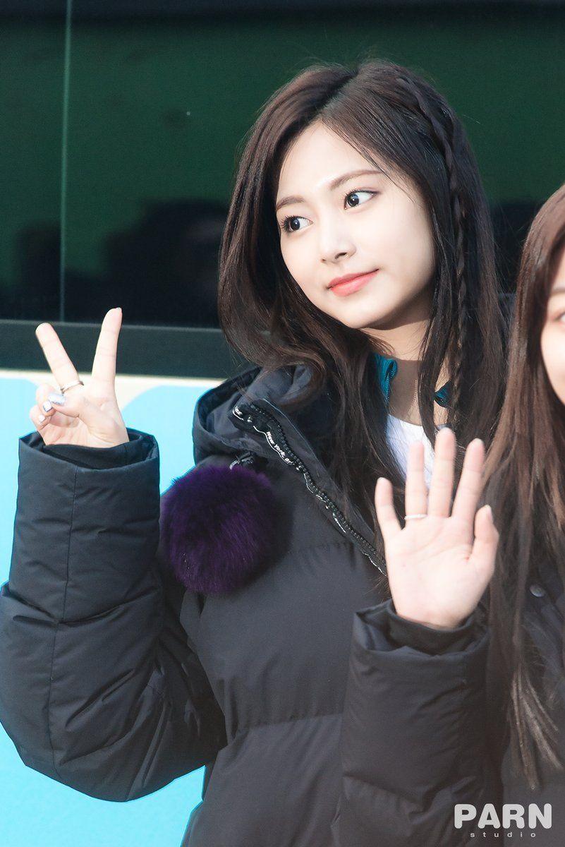 Studio Parn Do Not Edit Kpop Girls Girl Kpop Girl Groups