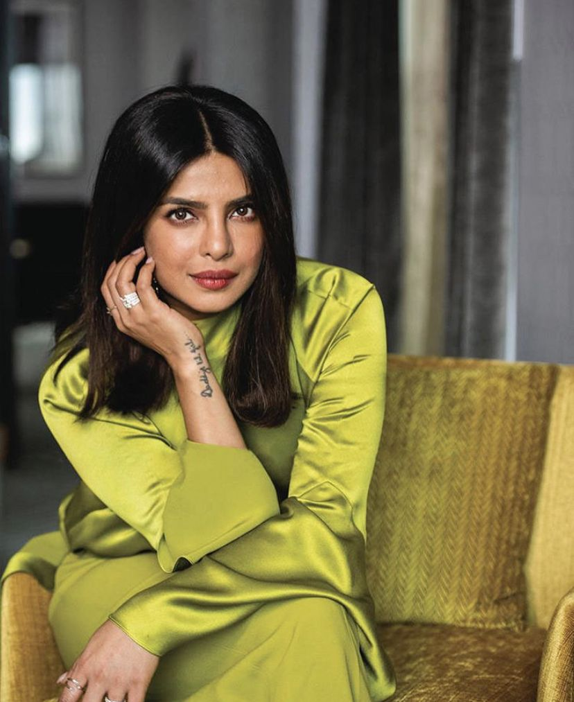 Priyanka Chopra Looks Radiant In Shiny Green Pant Suit As She Attends Interviews Before World Premier Of The Sky Is Pink At Tiff Hungryboo Priyanka Chopra Priyanka Chopra Images Priyanka