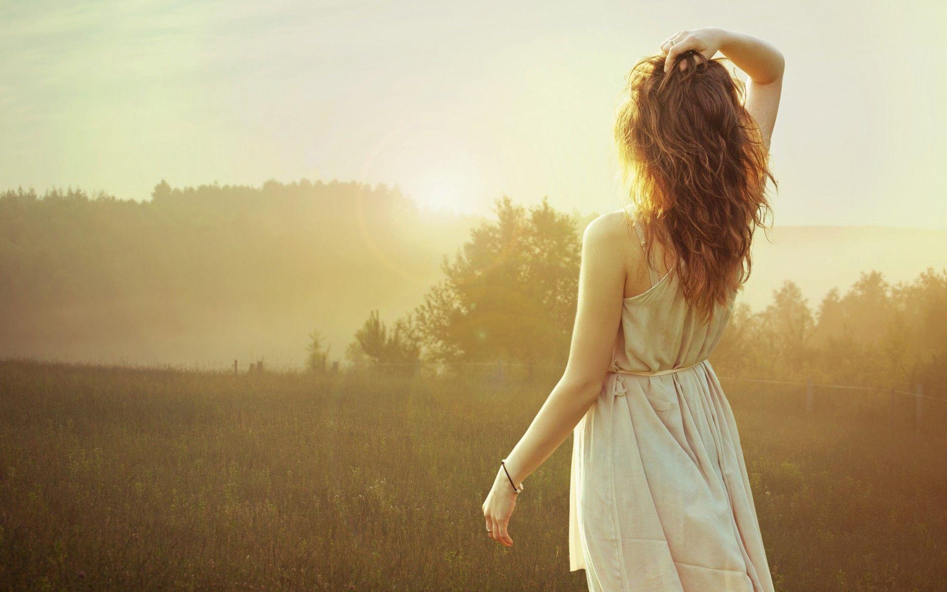 Красивые картинки девушка сзади