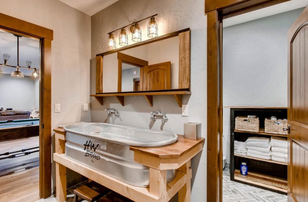 Galvanized Stock Tank Bathroom Sink Home Decorating Trends Homedit Galvanized Stock Tank Bathroom Sink Diy Stock Tank