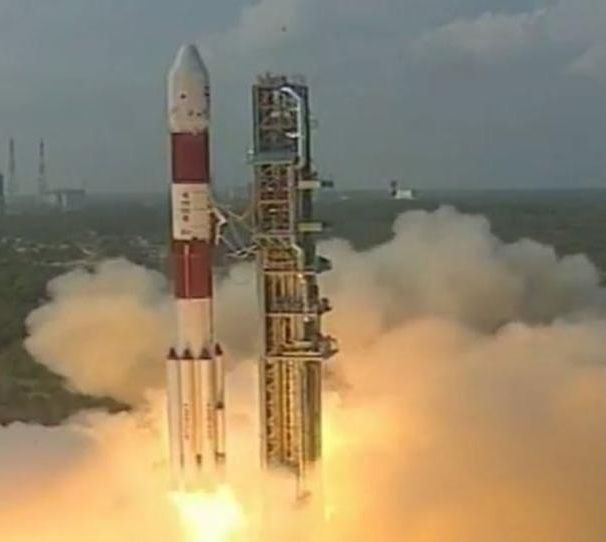 Pslv C 37 Rocket Has Been Launched Successfully With The Record Of Carrying 104 Satellites Techupdates Chennaiungalkaiyil Tech Updates Technology Updates English Language