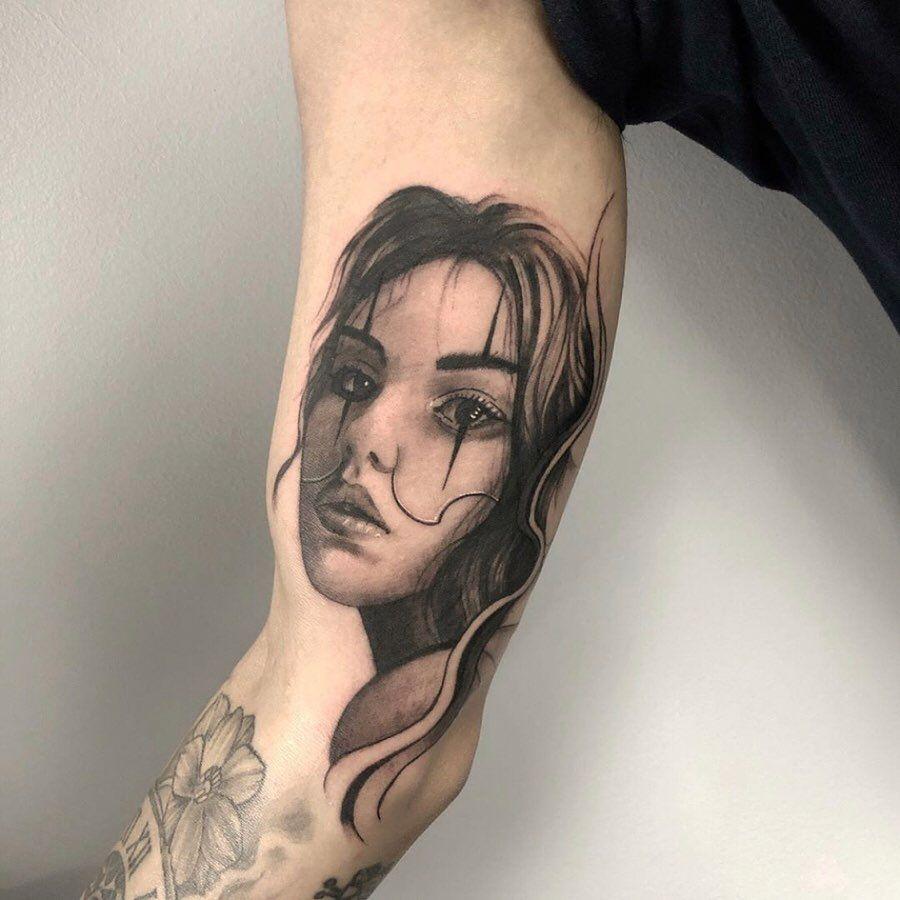 Payasa Chicano Black And Grey Tattoo Hon Tattoo In 2020 Tattoos Tattoo Artists Near Me Black And Grey Tattoos