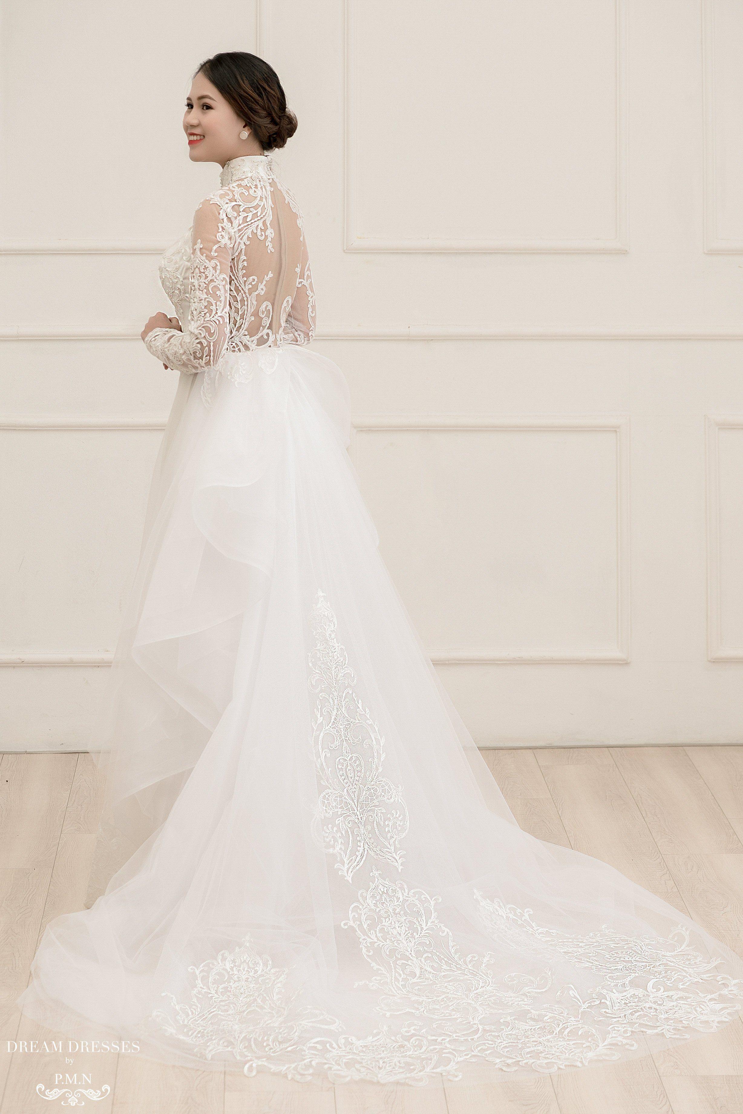 White Ao Dai Modern Vietnamese Lace Bridal Dress (PAIGE