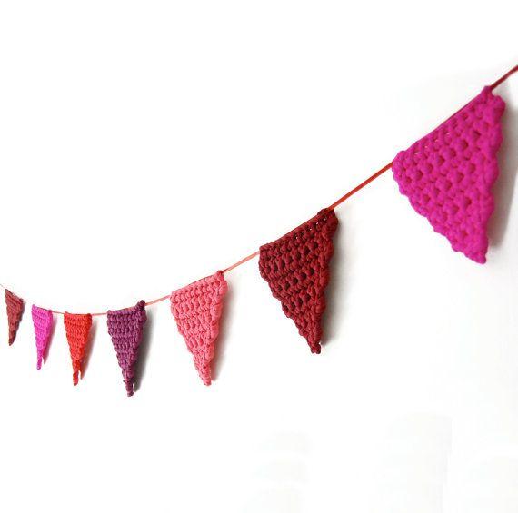 Guirnalda de banderines por amacrochet en Etsy | Niños | Pinterest ...