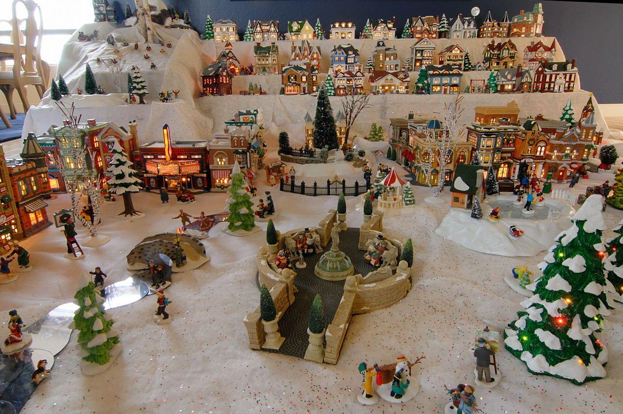 Christmas Village Layout Ideas Return To Butterfly Page Return To Main Gallery Lumieres De Noel Village De Noel Bricolage Noel