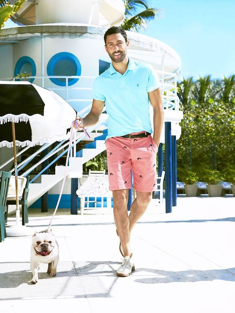 Noah Mills Showcases Summer Style Poolside With Macy S Short Men Fashion Summer Style Guide Noah Mills