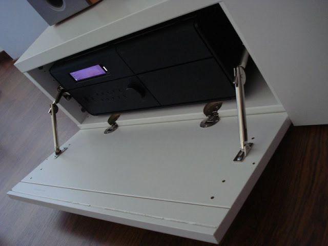 Kabelbox Ikea besta hack deur opent naar onder tv meubel hacks
