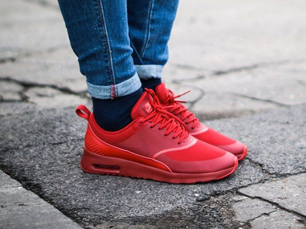 premium selection 66c46 142a5 Nike Air Max Thea Triple Red Ruby