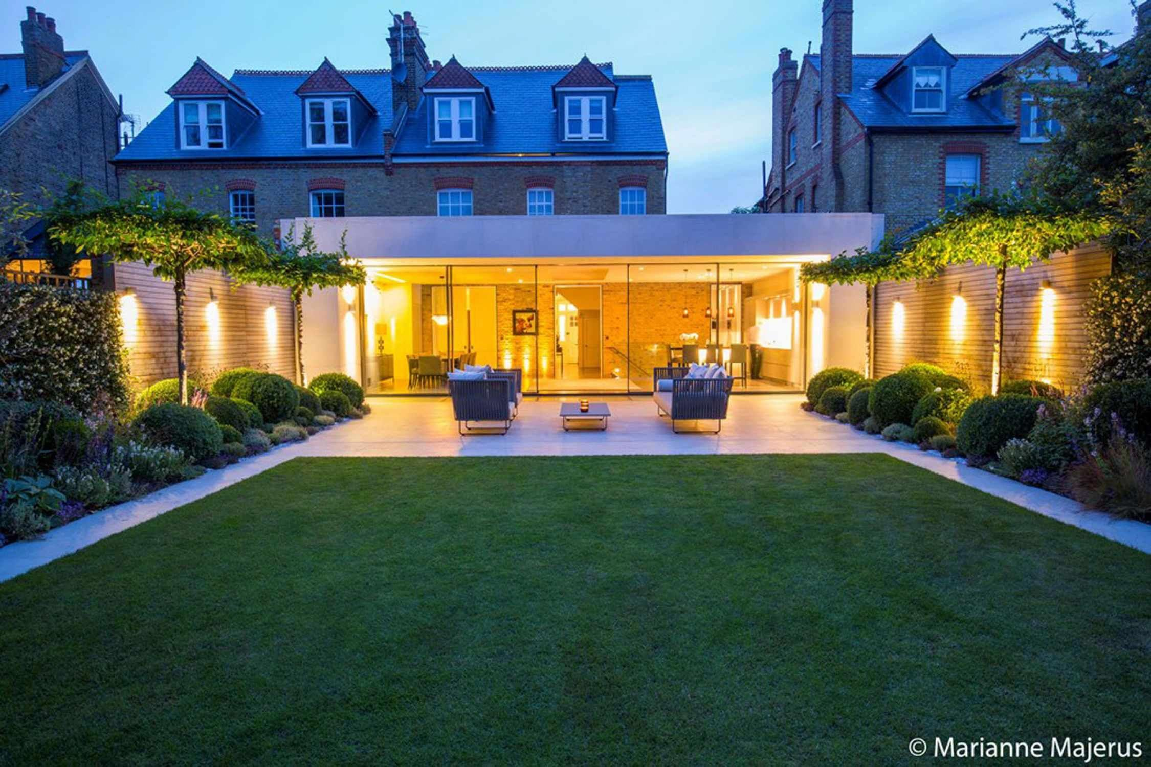 Wandsworth Garden By Matt Keightley And Rosebank Landscaping Photography By Marianne Maje Contemporary Garden Design Modern Landscape Design Modern Landscaping