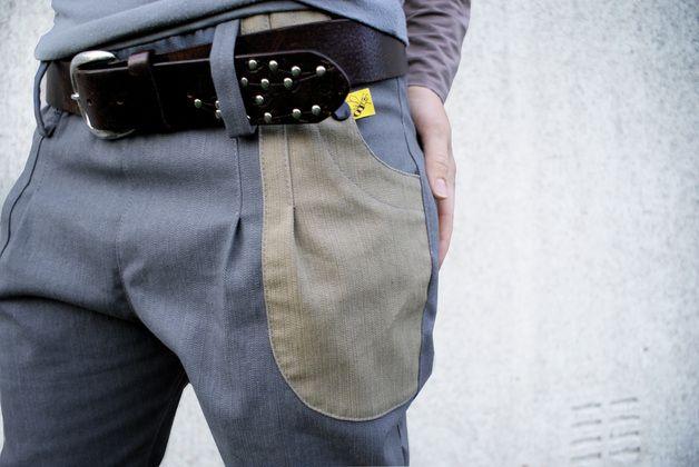 _*Schwedenhose Jeans grau/beigesand*_   Da ist sie! Unsere Schwedenhose Jeans grau/beigesand! Sie ist aus elastischen Jeans in zwei Farben. Oben hat die Hose, wie auch unsere Dänemarkhose, einen...
