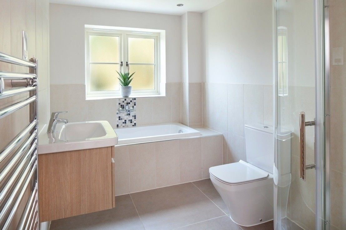 Modern Bathroom By Emma Eve Interior Design Ltd Https Www Homify Co Uk Ideabooks 33010 Country Cottage With 21st Century Appeal