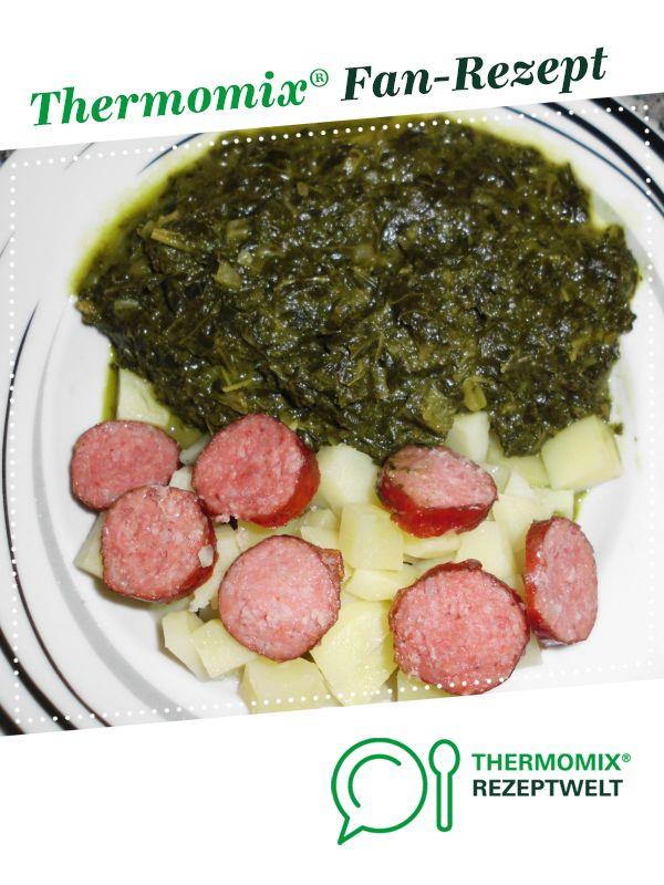Grünkohl-Eintopf mit Mettwürstchen und Kartoffeln