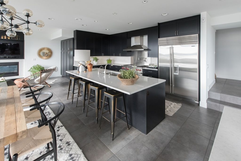 Great Modern Kitchen With Limestone By Atg Stores Painted Kitchen Cabinets Colors Classic Kitchen Cabinets Painting Kitchen Cabinets