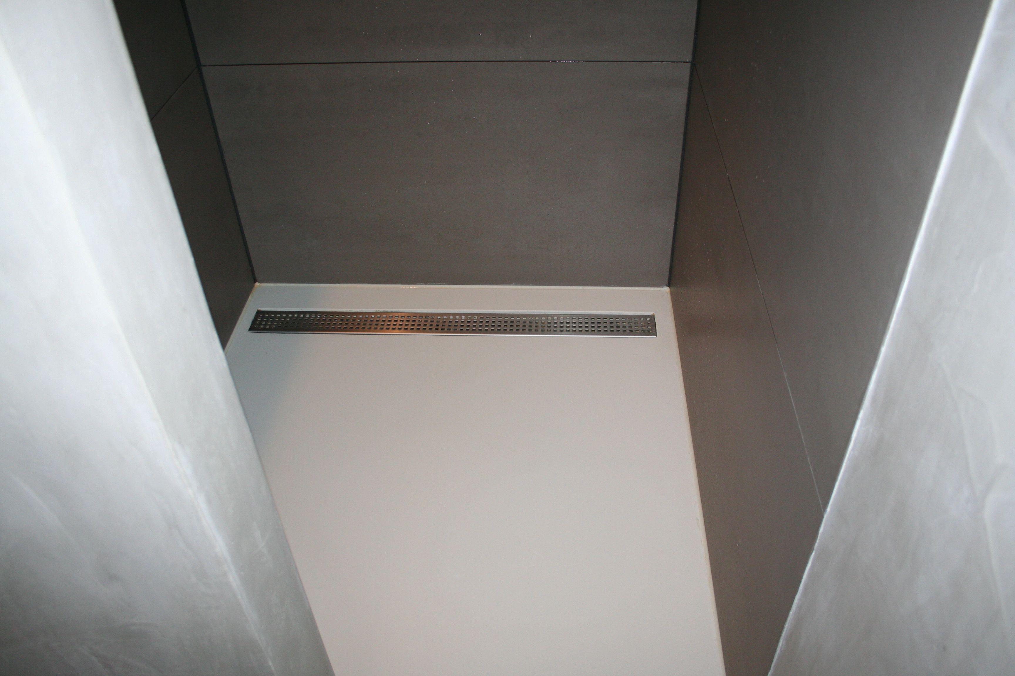 Gietvloer Voor Badkamer : Pu gietvloeren zijn zeer geschikt in de doucheruimte. deze vloer
