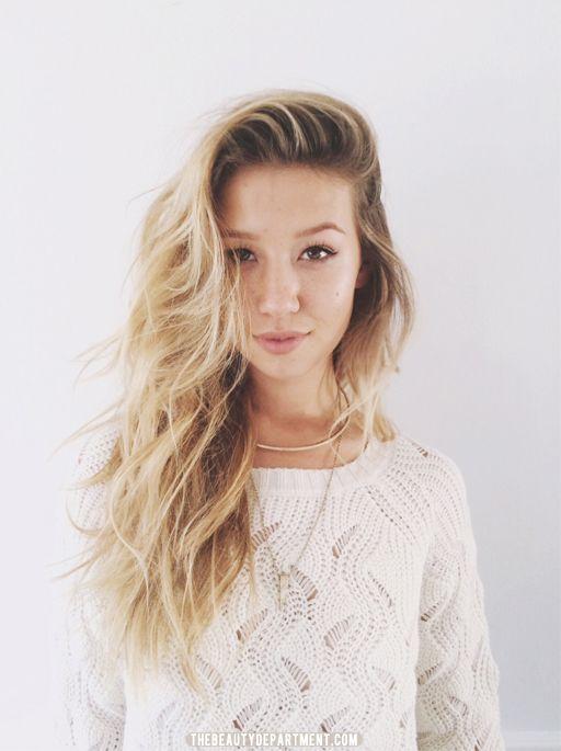 Where To Part Your Hair Parting Hair Long Hair Styles Hair Flip