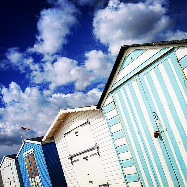 Can't resist a colourful beach hut!#seafront #beach #beachhuts #bexhillonsea #coloursplash #coastal_collection #painted_skies