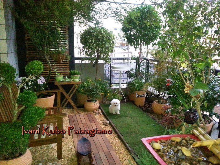 Extremamente Varanda com jardim e gramadinho para os poodles! | Jardines y  CM95