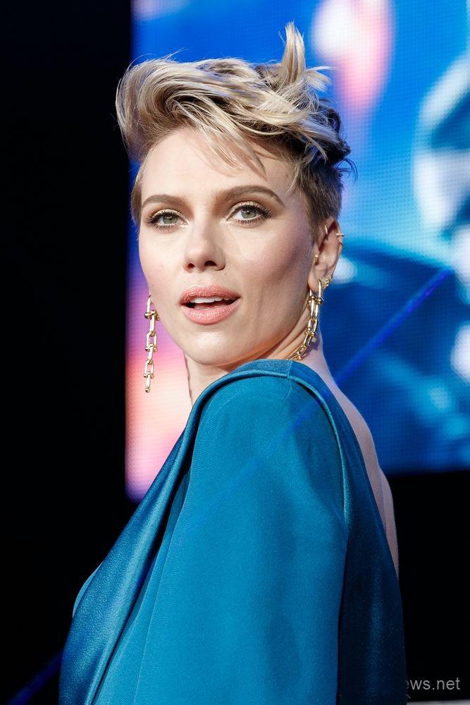 Scarlett Johansson Ghost In The Shell Tokyo Premiere Blog Modacikmazi Scarlett Johansson Ghost Scarlett Johansson Johansson
