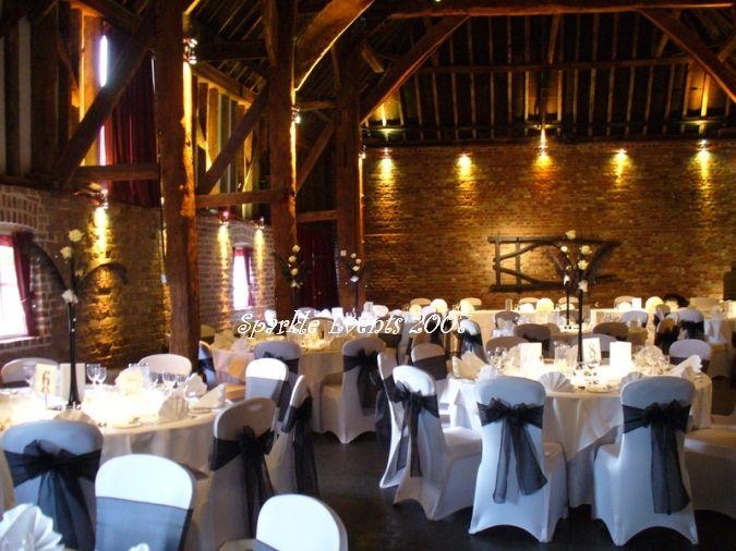 Wedding Preparation: Black And White Wedding Decoration