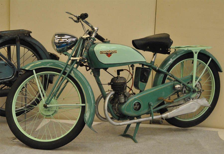 1920 1930 39 s motobecane france 125cc split single two. Black Bedroom Furniture Sets. Home Design Ideas