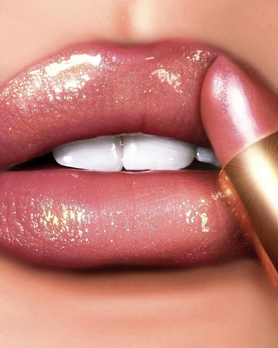 "Pat Mcgrath Skinsane : mcgrath, skinsane, McGrath, Instagram:, ""SEDUCE, SKINSANE, ⚡️⚡️⚡️, Smooch, Shimmering, Effect, #BlitzTrance, Lipst…, Lipstick,, Lipstick, Makeup,, Opaque"
