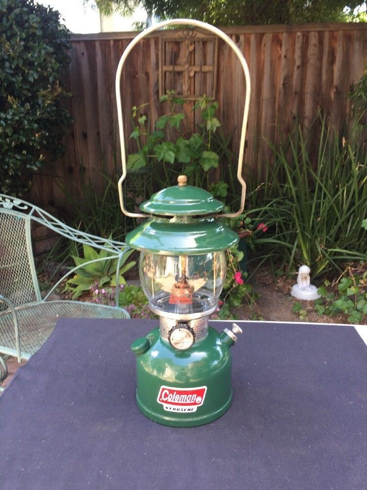 Vintage Coleman Green 201 Kerosene Single Mantle Lantern
