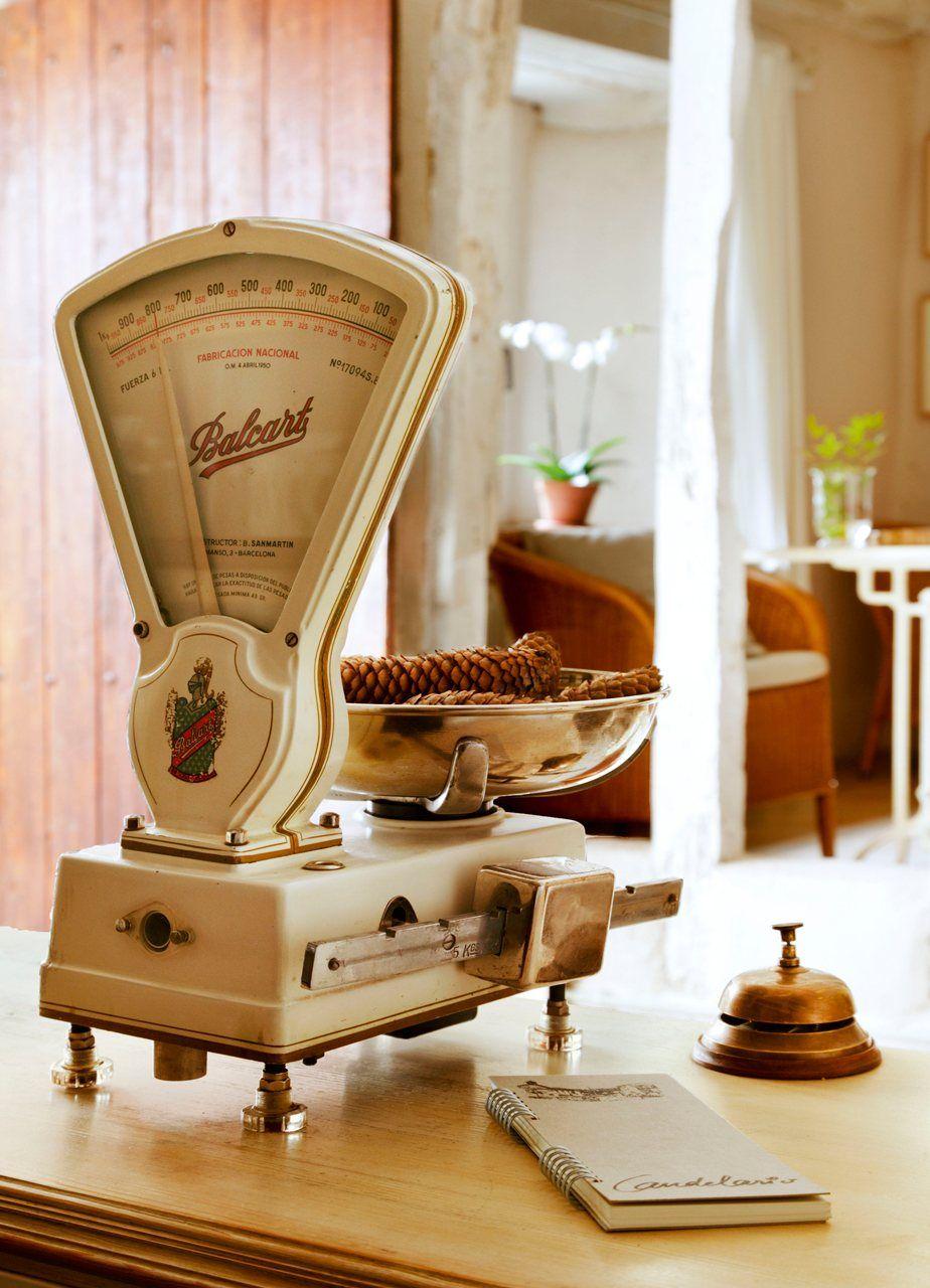 Decorando con básculas antiguas restauradas | Antiguas balanzas ...